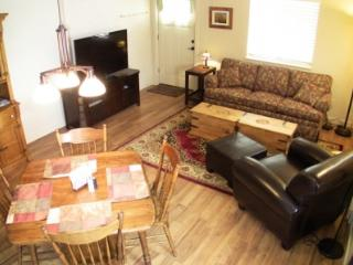 Upscale 2BR Condo - Peaceful Pines in the Rockies, Estes Park