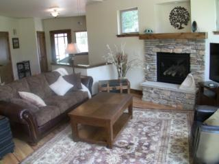 Brand New, Luxe 3BR - Shooting Star in the Rockies, Estes Park