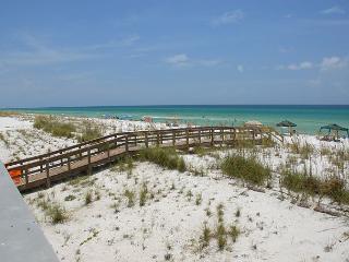 Beautiful Gulf-front condo; awesome views!, Pensacola Beach