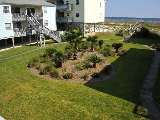Villas on the Gulf 1 br/2 full bath; Gulf views! Sleeps 6., Pensacola Beach