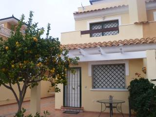 Immaculate villa 700 mt from lovely beach