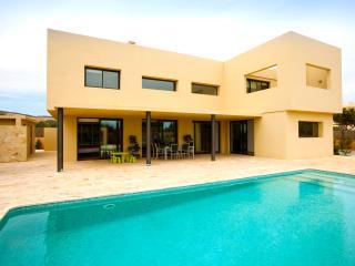 Modern villa near Playa den Bossa, sleeps 8, Ibiza Ciudad