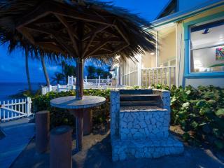 6BR-Far Tortuga Oceanfront Villa, rents as 4,5,6BR