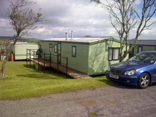 Flossie, caravan near Robin Hoods Bay North York Moors with wifi on quite site