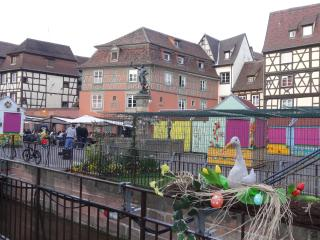 Best Value FLAT 2-4 sleeps Garden View + Parking, Colmar