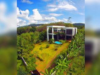 Huge private garden | The Levels | luxury, sea-view, villa for rent, Koh Lanta, Thailand