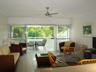 2 Bedroom/1 Bathroom Balcony A, Cairns