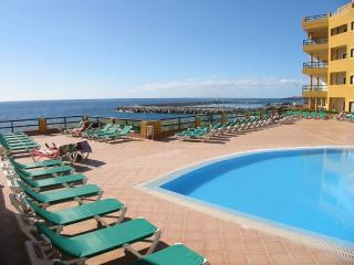 33- PRIVATE SOLARIUM, WIFI, HEATED POOL & SEAVIEW, Golf del Sur