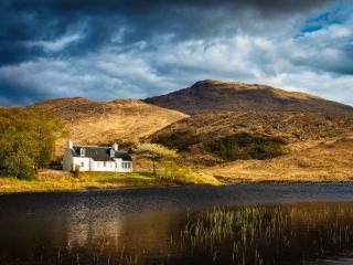 Arienskill Cottage, Lochailort