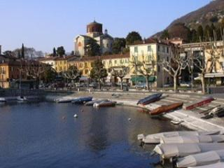 Sunny apartment on the lake, Laveno Mombello