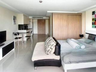 Studio room in Nova Ocean View, Pattaya