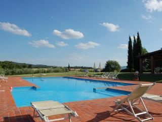 Campagna Hous - Residence in Tuscany  farm holiday, Pieve A Presciano
