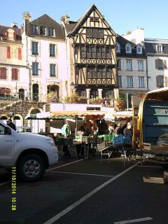 place du marché de Morlaix (en novembre)