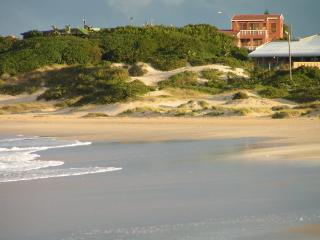 BEACHFRONT VILLA AFRICAN QUEEN SOUTH AFRICA, Jeffreys Bay