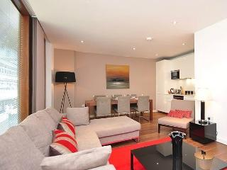 3 BR+CENTRAL London+GREAT Flat+TOP LOCATION+MODERN