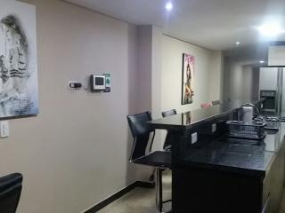 2 Bedroom AC, HoT Tub Lleras