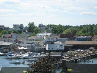 Capt. Dunton's Apartment, Boothbay Harbor