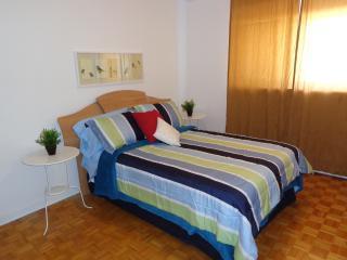 Comfortable and Private 1 BDR Apt, Ottawa