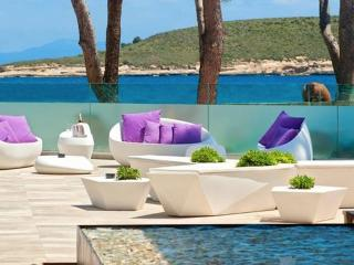 Romantic beach & pool studio in Luxury hotel, Magaluf