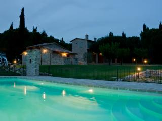 Holiday Villa with swimming pool in Umbria, San Terenziano
