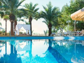 Villa Nabucco Jesus - luxury house in best location incl. DJ equipment, Ibiza Town