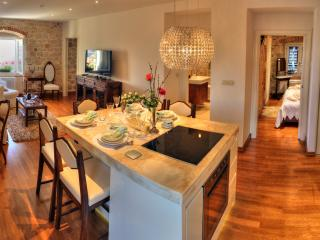 Luxury 2 bedrooms apartment in Split center, Spalato