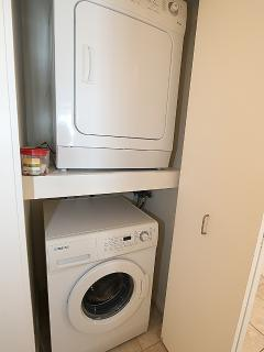 Washer - Dryer   -   Laveuse - Sécheuse