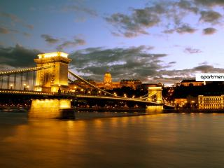 Amazing apt close to Chain Bridge, Budapeste