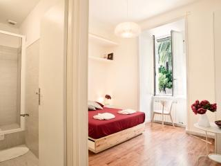Charming-Coliseum and central station Termini-7pp!