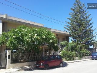 Apt. in Villa - Erice Beach