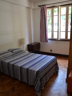 room n° 2 with one double bed