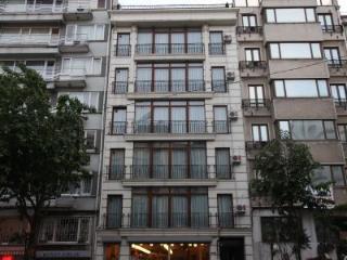 TAKSIM ULTRA VIP APARTMENTS balcony flat, Istanbul