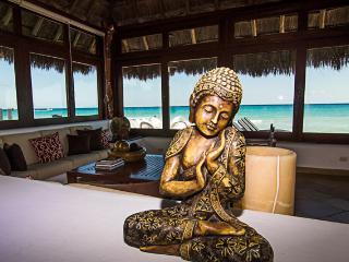 Casa Mar Stunning Oceanfront Villa, Playa del Carmen