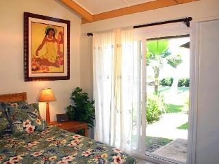 4 bed 2 bath beachfront w/ A/C