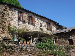 La Boheme - Romantic 300 year old holiday cottage