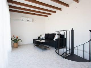 [66] Lovely duplex with private terrace and views, Siviglia