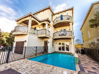 Adonis: 10 Bdrm, Private Pool & Hot Tub, Game Room, Miramar Beach