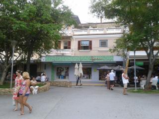 Apartamento central, reformado em Serra Negra (SP)
