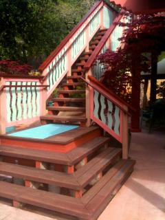 Private Outdoor Staircase Entrance to King Suite
