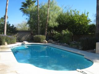 Entertainers Paradise In The Heart Of Scottsdale /