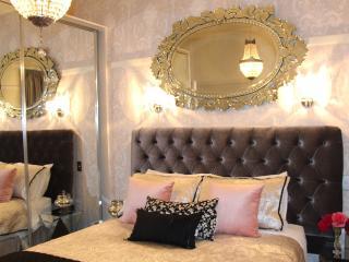 Josette Queen Bedroom at Pengallie