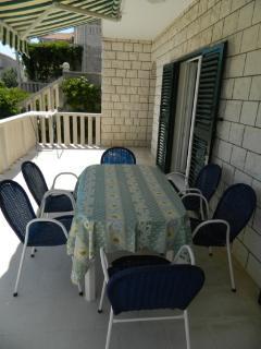 A5(5): terrace
