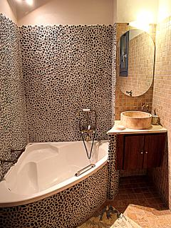 Master Bathroom 2 upstairs with soaking bathtub