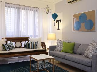 Teal Lantern Theme - 3 Bedroom Apartment, Singapur