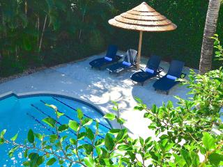 "By The Sea Vacation Villas LLC-""Casa Vecita""  -HTD POOL-PRIVATE SAND LOUNGE!"