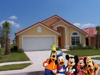 Disney Aviana Villa, Loughman