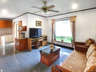 Beautiful 2-bed bungalow in Pattaya