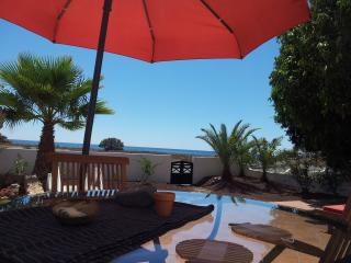 Villa exclusiva en primera línea de playa