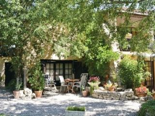 Arc-en-Provence  1 bed Apartment  The Olive