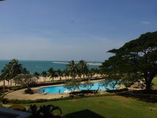 Baan Somprasong Pattaya Jomtien Beach Condo